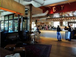 Searsucker Del Mar bar